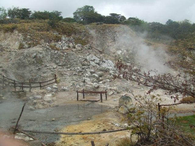 Walk-in Crater, Guanacaste